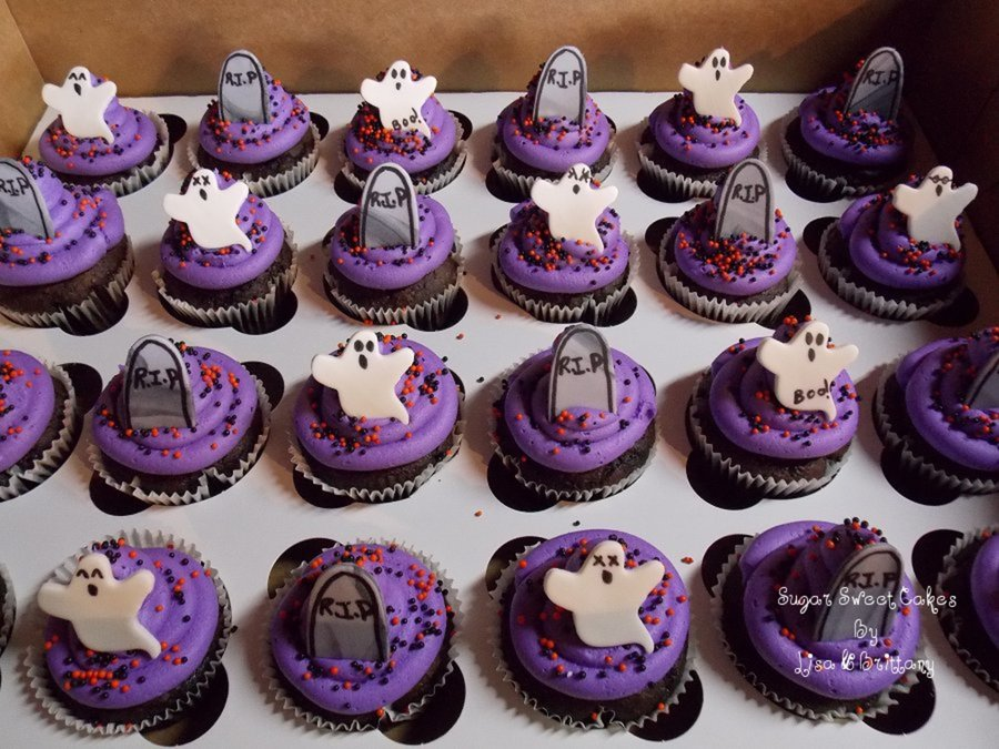 Ghostly Graveyard Cupcakes on Cake Central