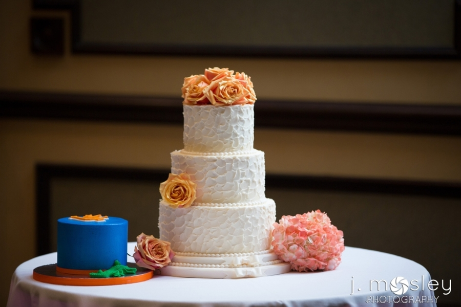Rustic Butter Cream With Fresh Flower Uf Grooms Cake on Cake Central