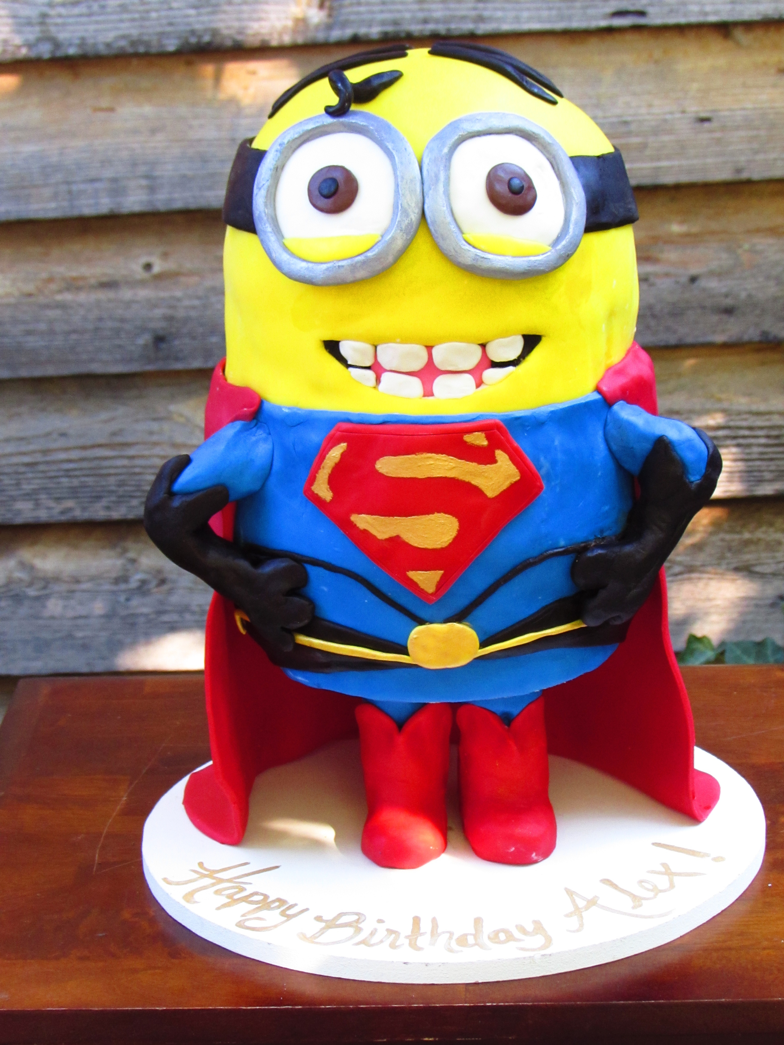 Superman Minion Birthday Cake Cakecentral Com