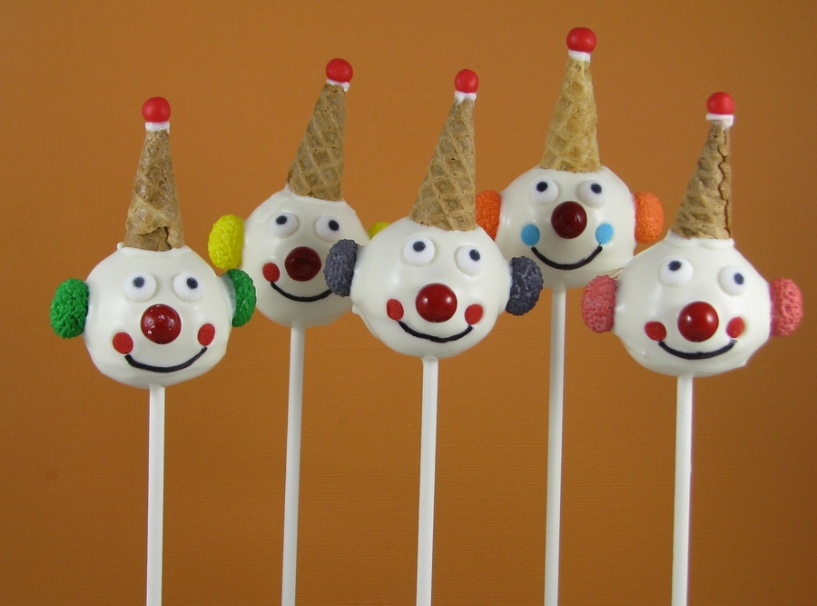 Happy Clown Cake Pops on Cake Central