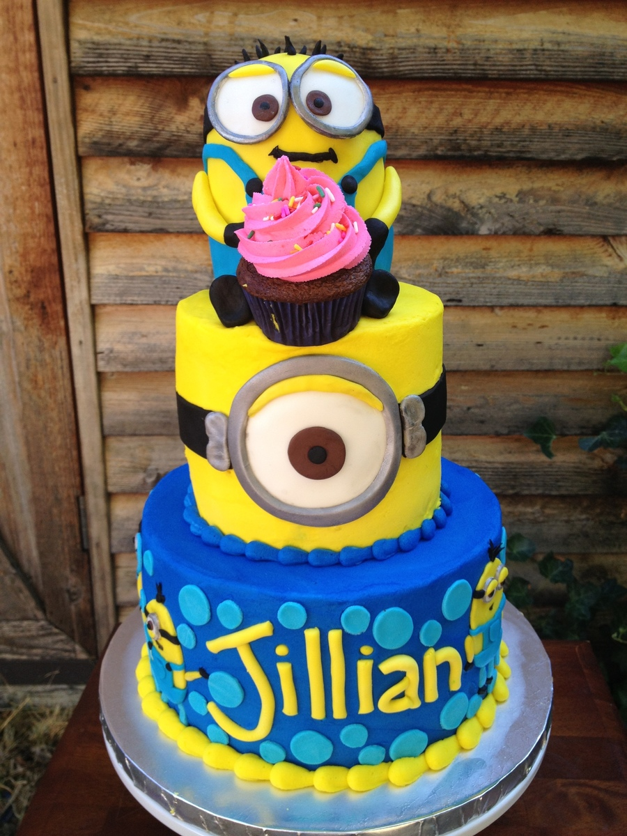 Minion birthday cake - Cake decorations minions ...