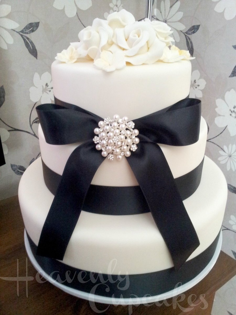 Ivory And Black Wedding Cake on Cake Central