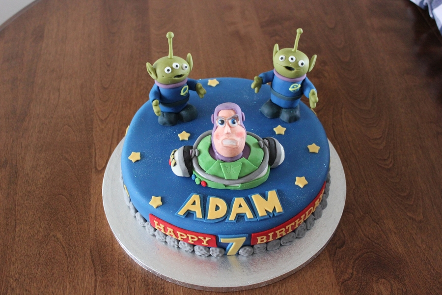 Incredible Buzz Lightyear Birthday Cake Cakecentral Com Funny Birthday Cards Online Inifodamsfinfo