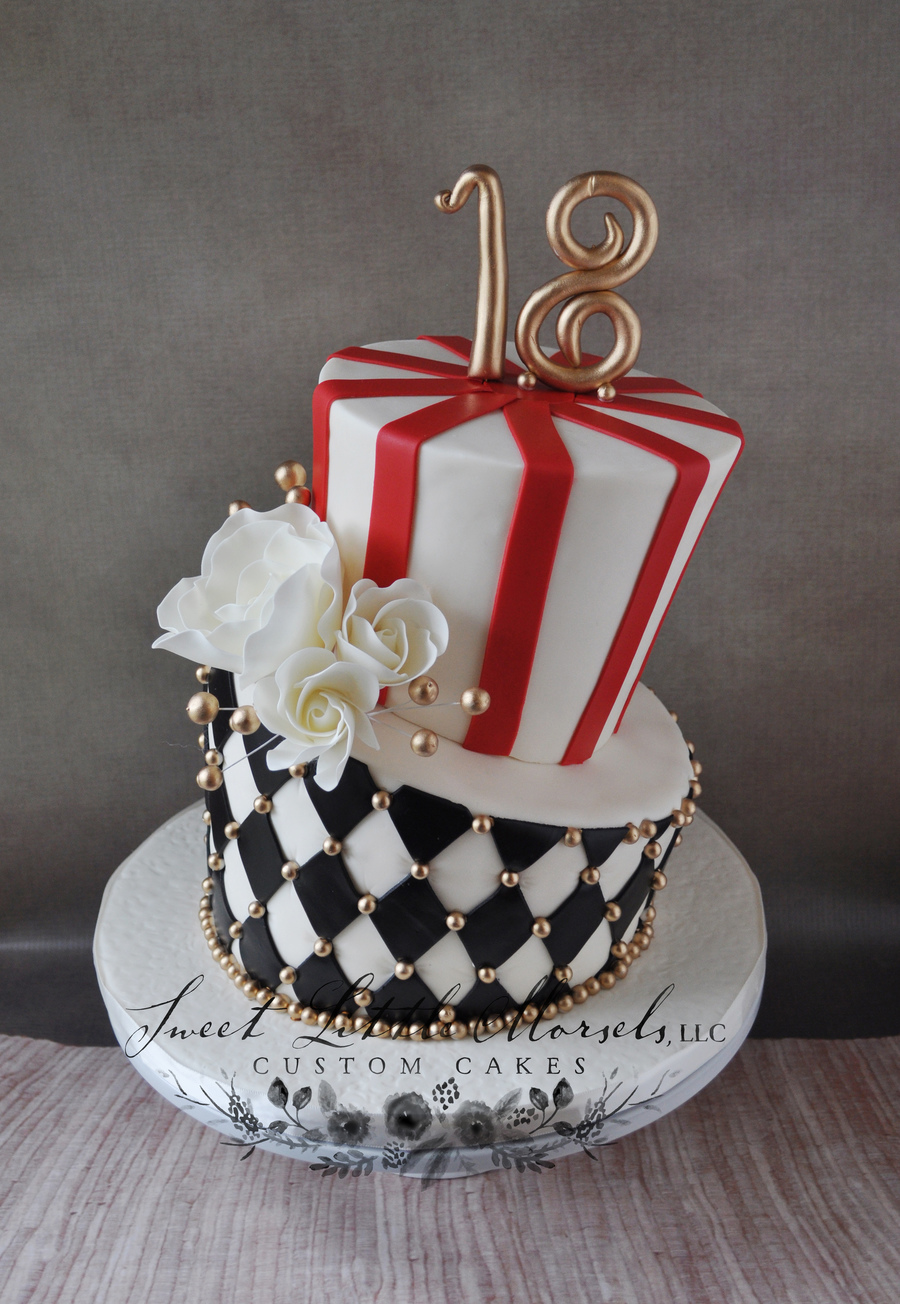 Vintage Circus Theme Topsy Turvy Cake Cakecentral Com
