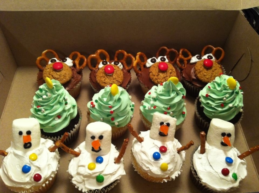 Winter Themed Cupcakes CakeCentralcom