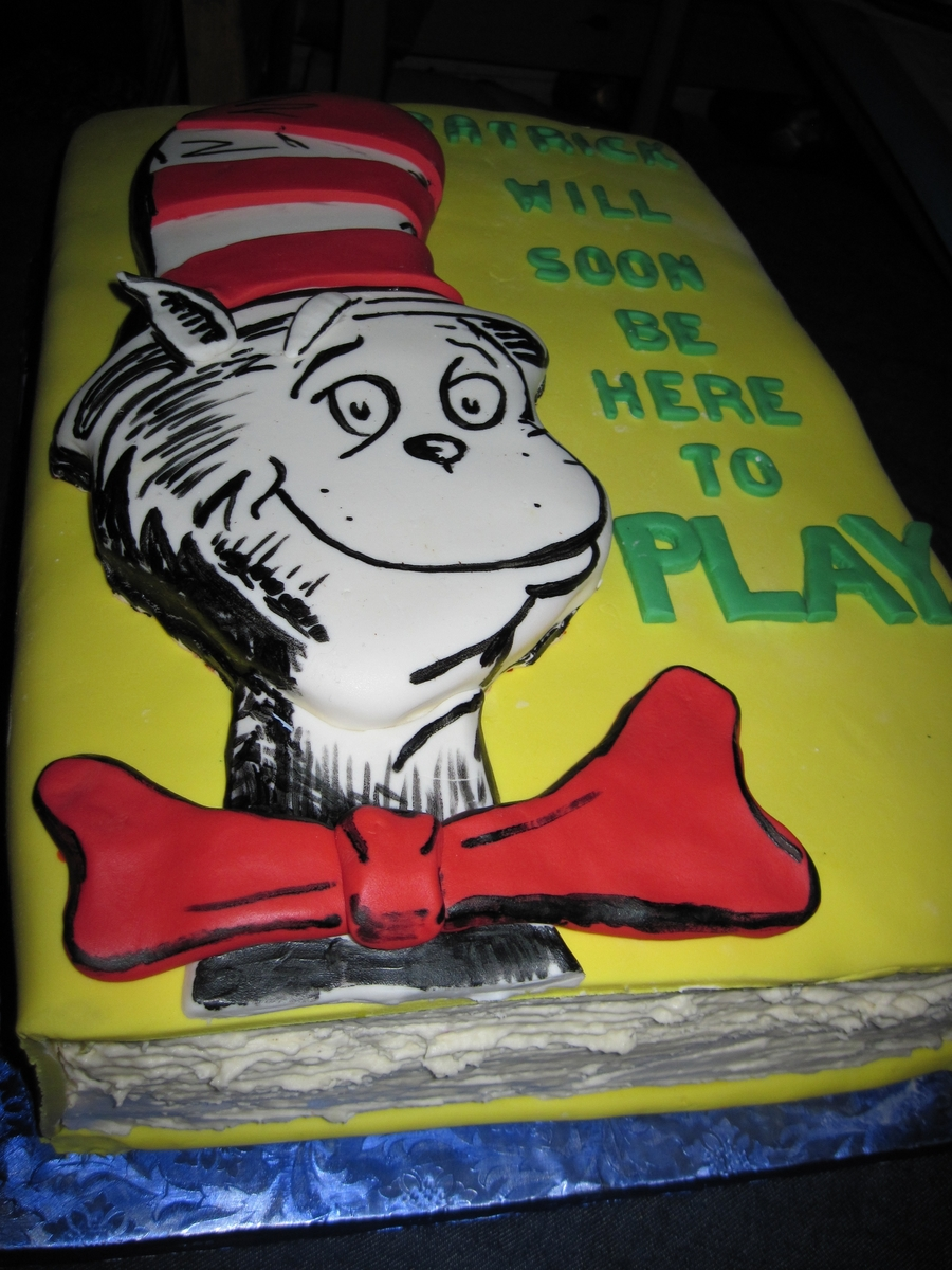 The Cat In The Hat on Cake Central
