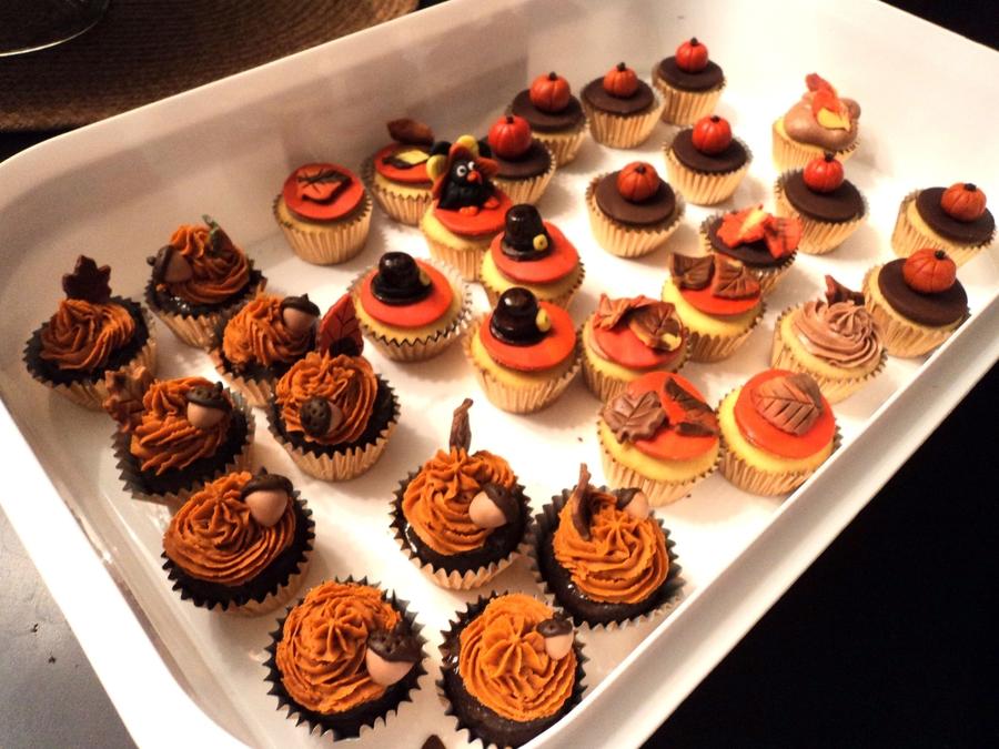 Thanksgiving Bite Size Cupcakes - CakeCentral.com  Thanksgiving Bi...