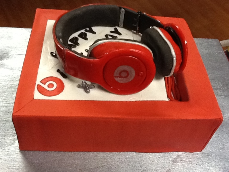 Beats By Dr. Dre on Cake Central