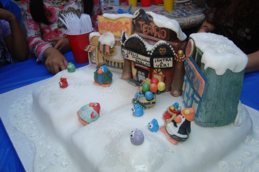 Club Penguin on Cake Central
