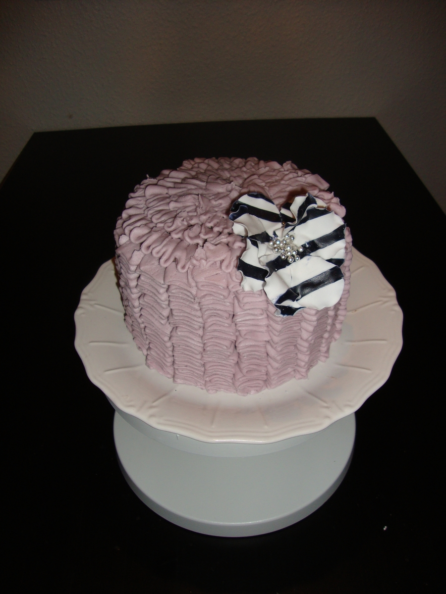 Purple Ruffle Cake on Cake Central