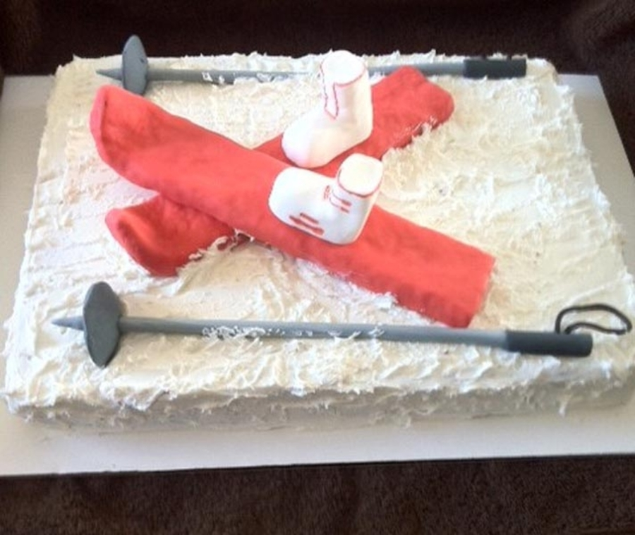 Skiing on Cake Central