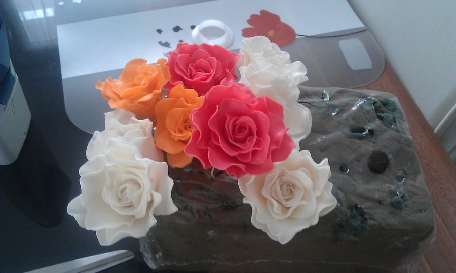 Roses Again on Cake Central