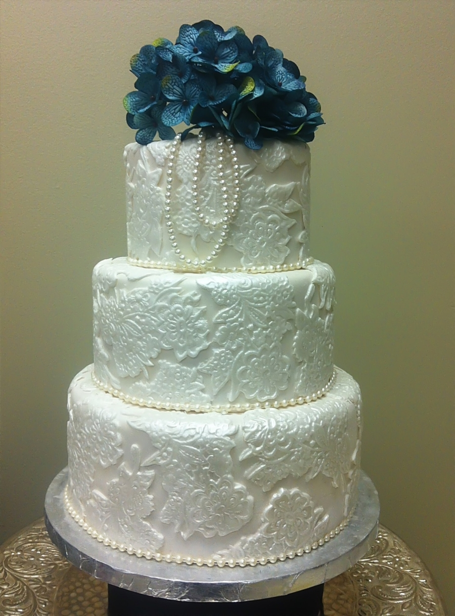 where can i buy pearl wedding cake vodka lace amp pearls wedding cake cakecentral 27134