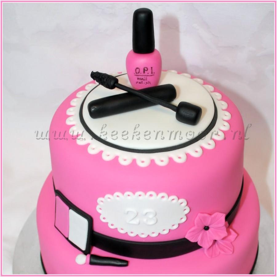Nail Polish Birthday Cake: CakeCentral.com