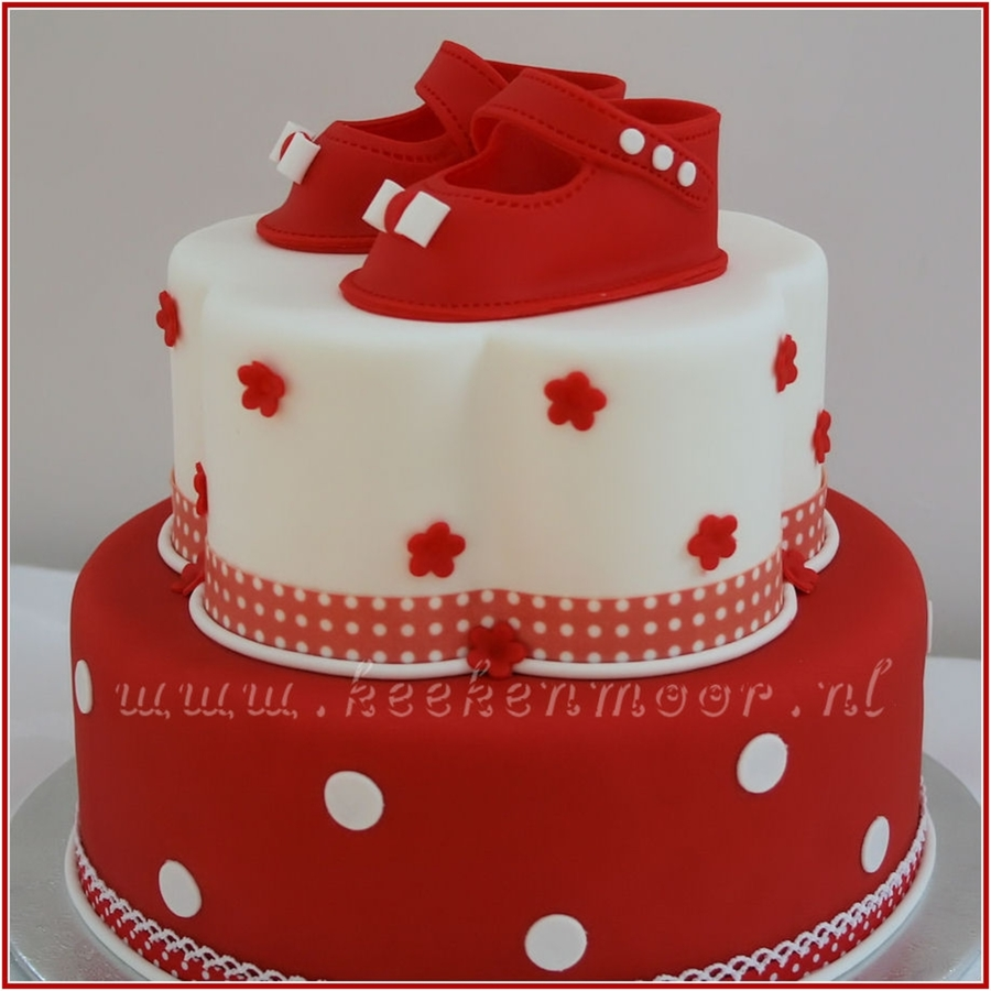 Red & White Polkadots on Cake Central