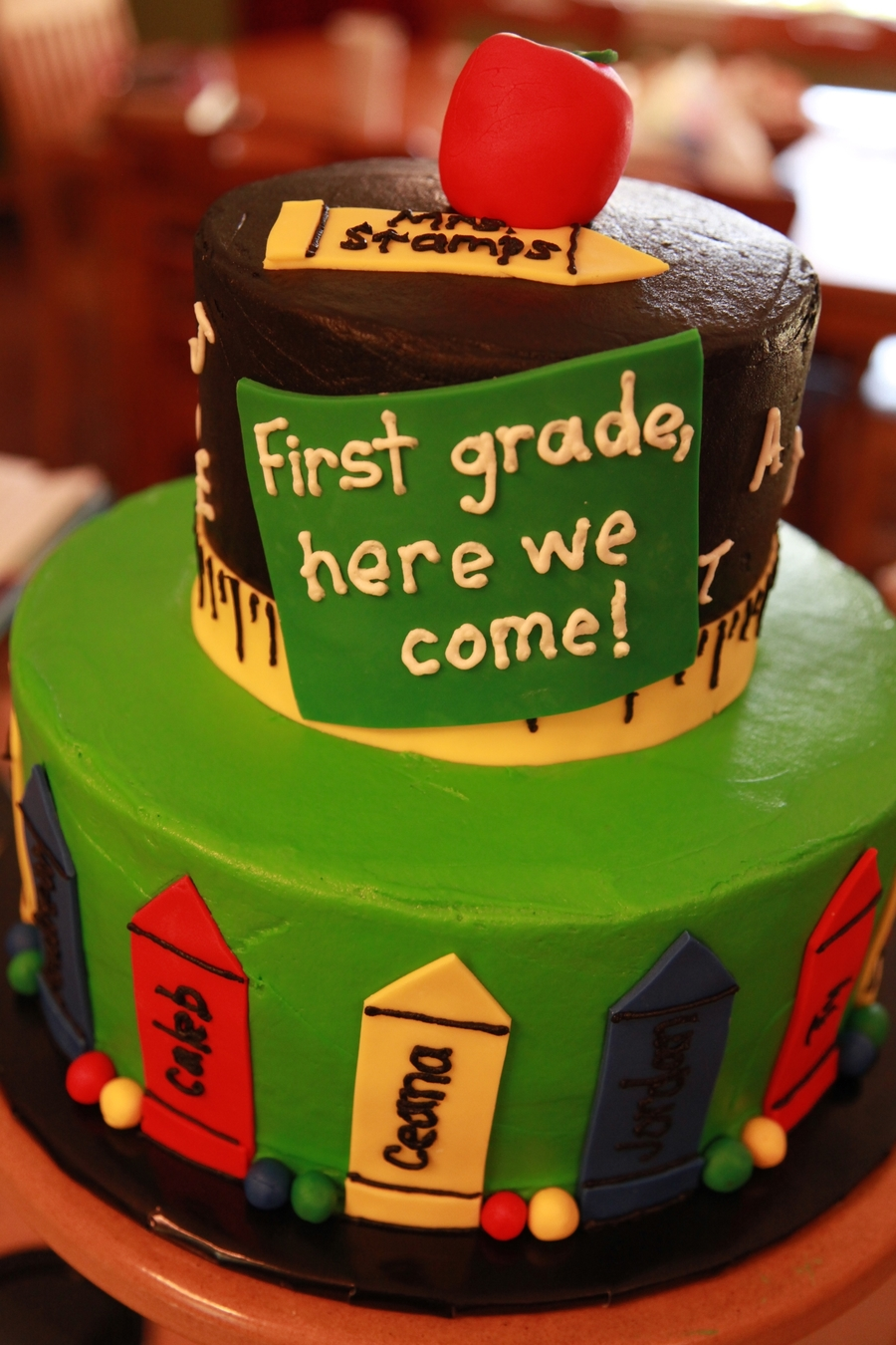 Kindergarten graduation cake - Kindergarten graduation decorations ...