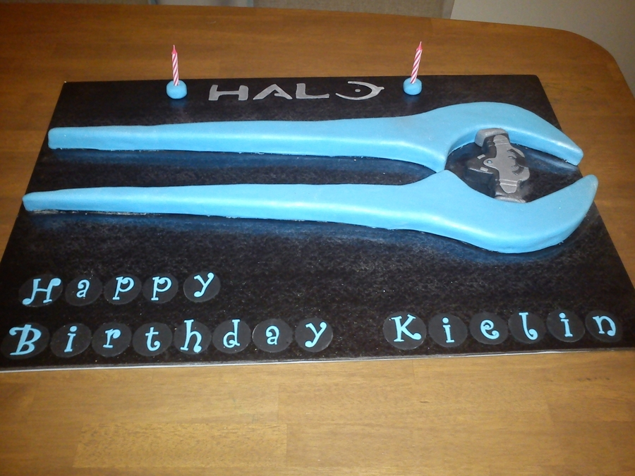 Halo Birthday Party Cake