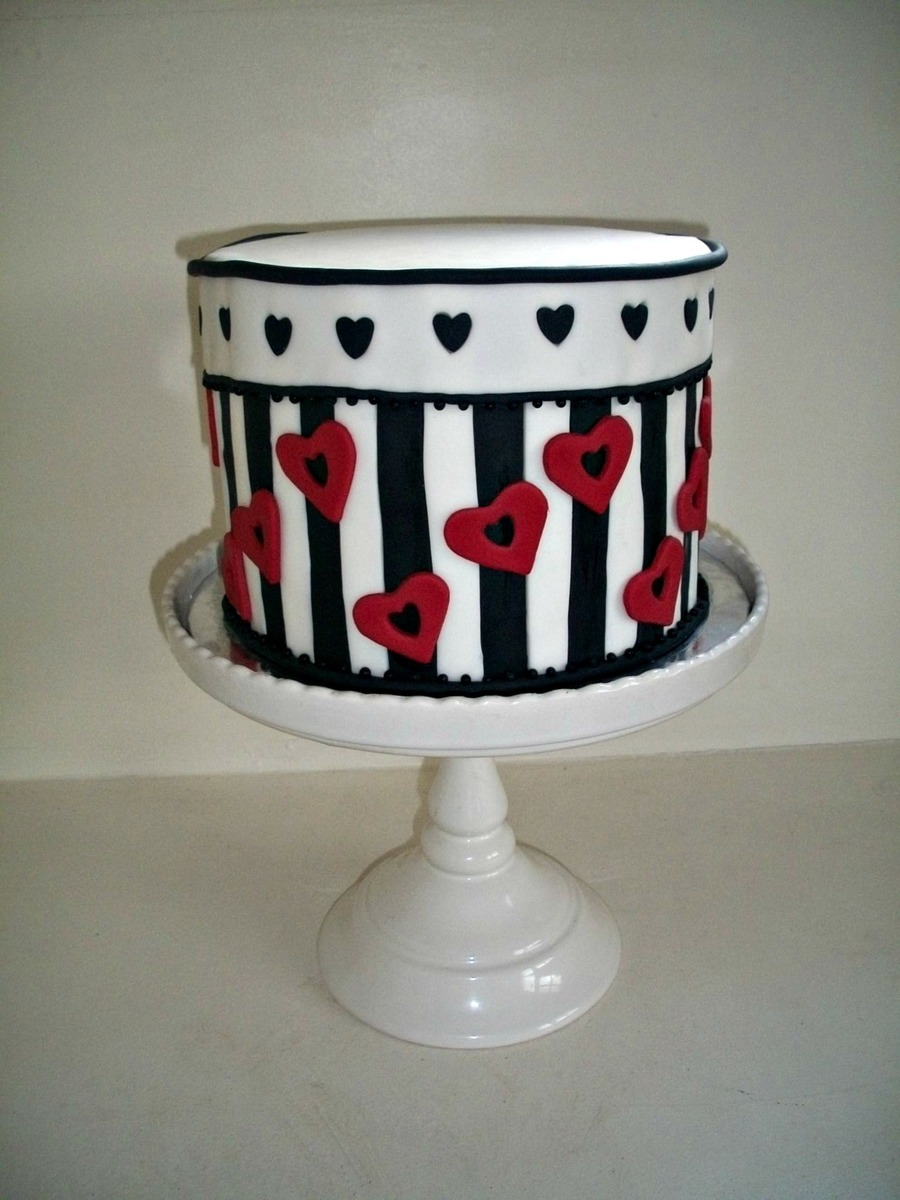 Hearts And Stripes on Cake Central