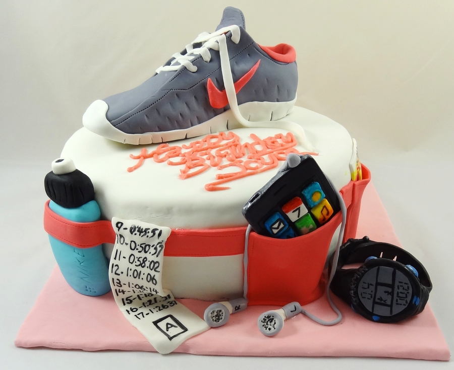 Birthday Cake Pictures For Runners : Marathon Runner s Cake - CakeCentral.com