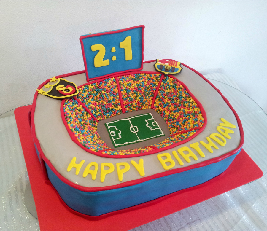 Soccer Stadium Cake on Cake Central