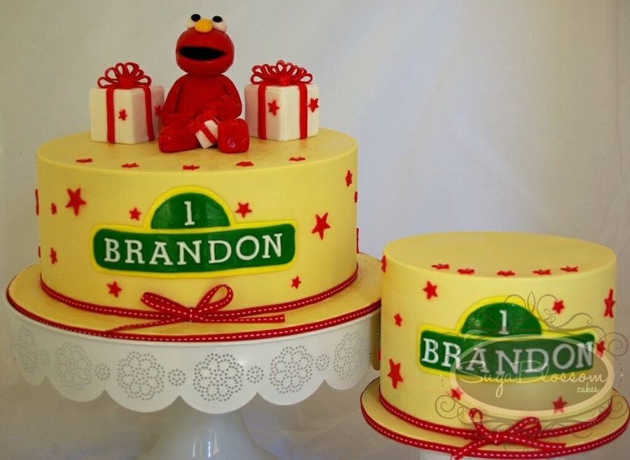 Handmade Elmo Completely Edible With Matching Smash Cake For The Birthday Boy To Devour During A Photo Shoot Chocolate Mud Dark Choc Jaffa