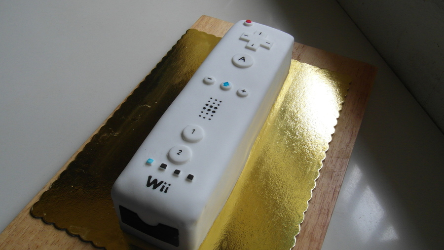Wii Remote Cake on Cake Central