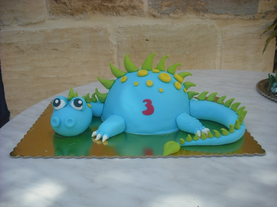 Baby Dragon Cake on Cake Central