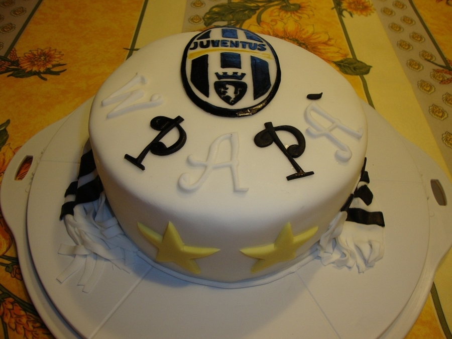 Forza Juventus  on Cake Central