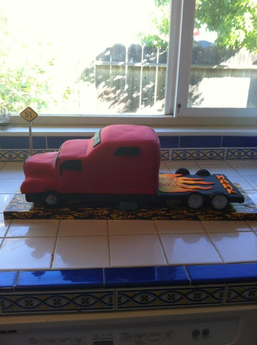 Semi Truck on Cake Central