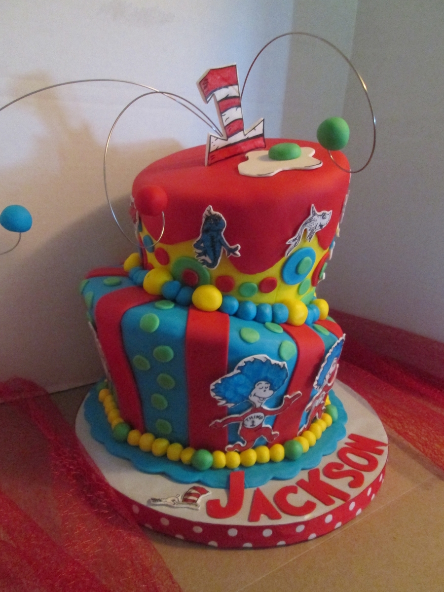 Dr.seuss on Cake Central
