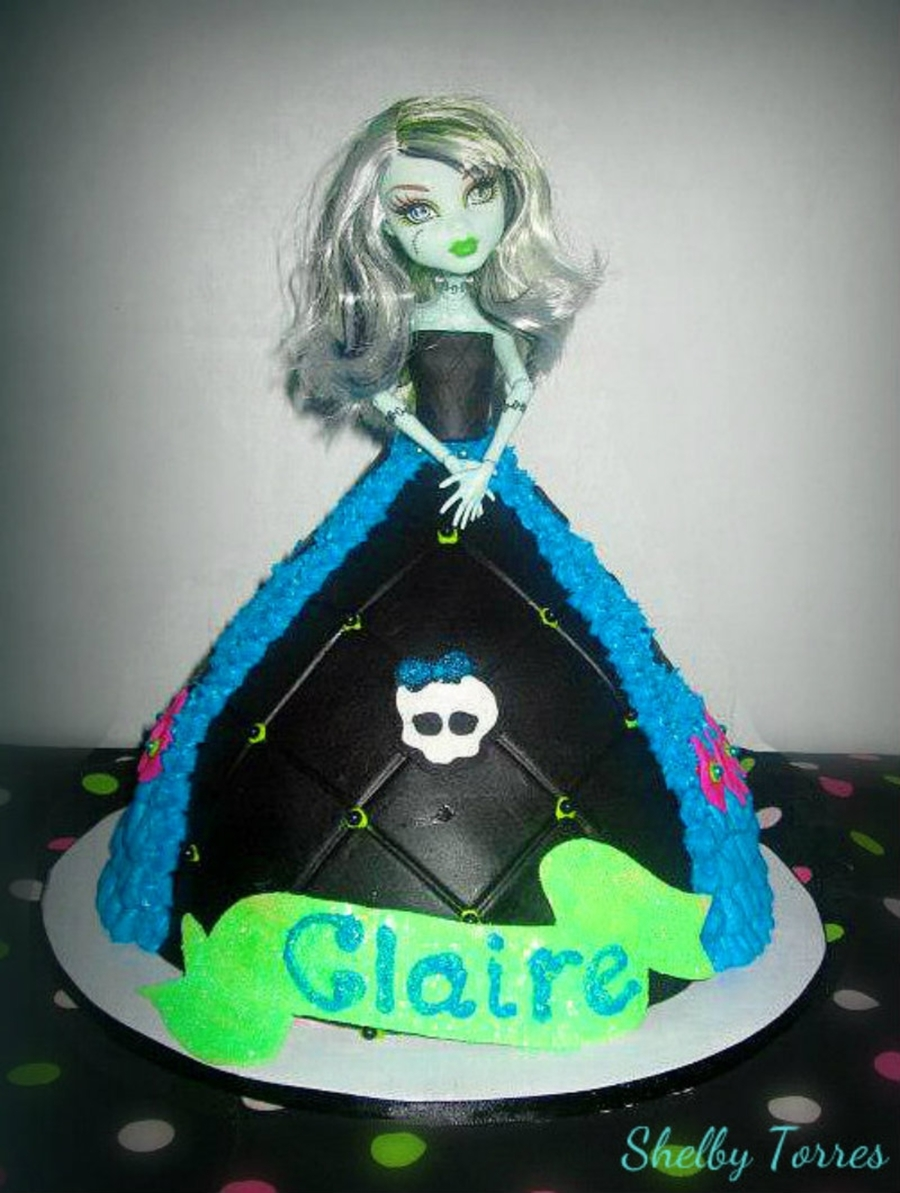 Monster High Doll Cake on Cake Central