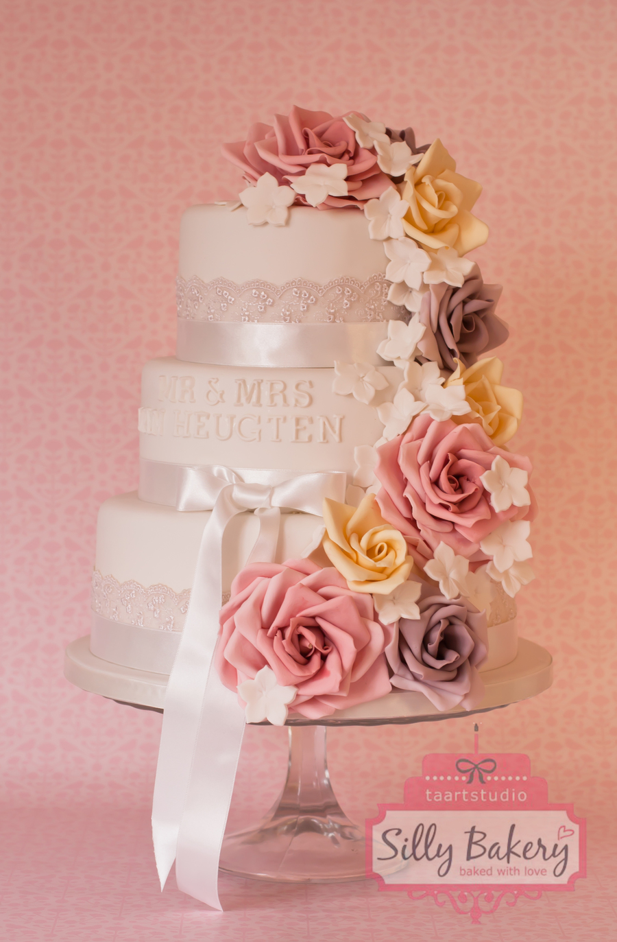 Bruidstaart Sweet Roses Wedding Cake Sweet Roses on Cake Central