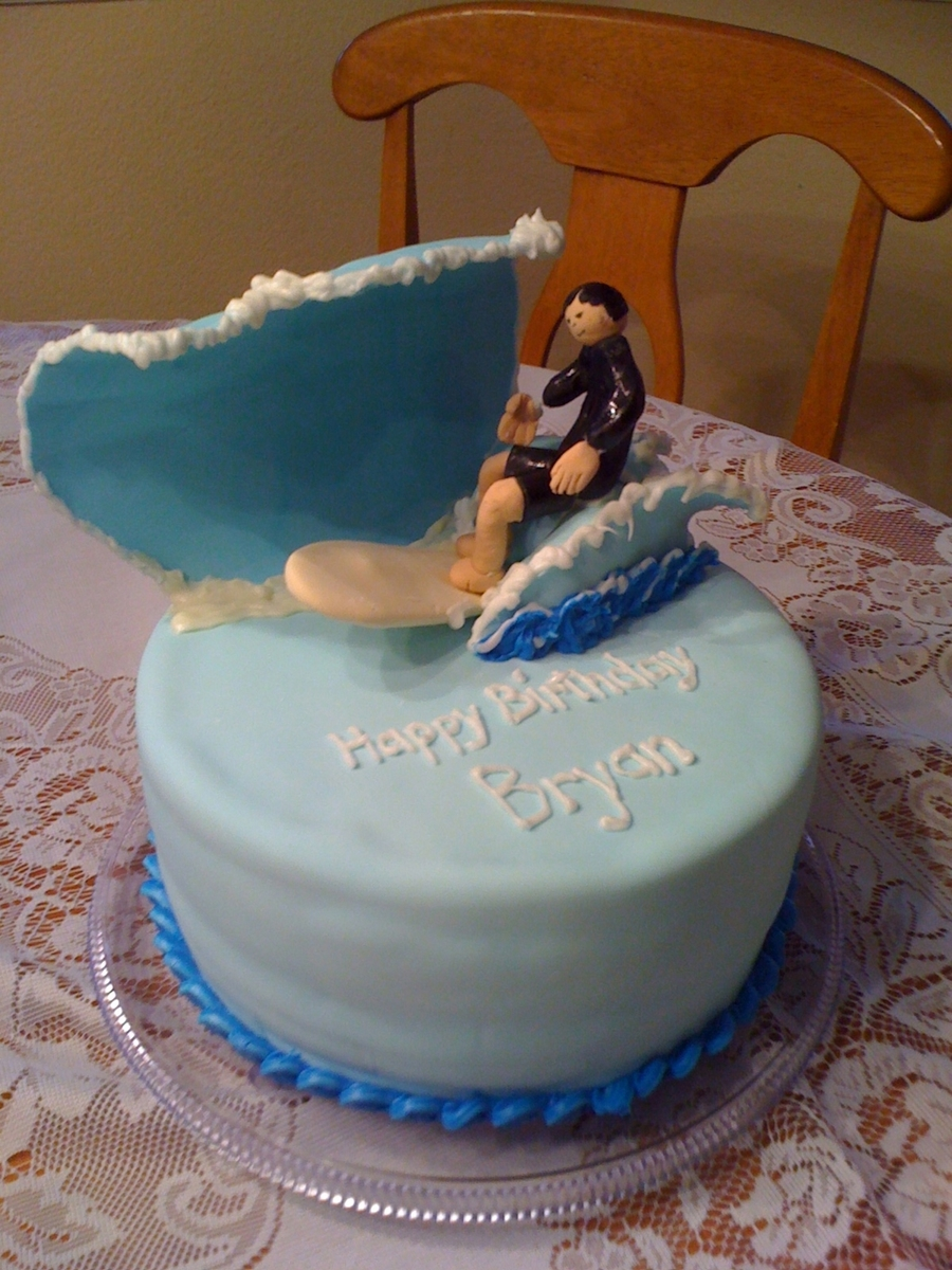 Surfing Birthday Cake on Cake Central