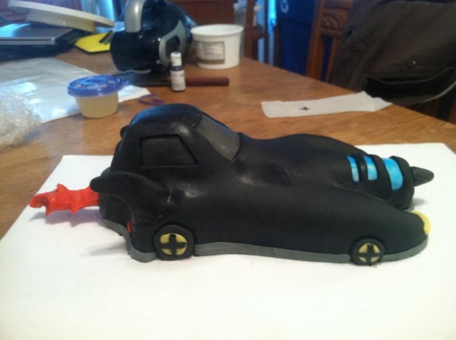 Batmobile -Side View  on Cake Central