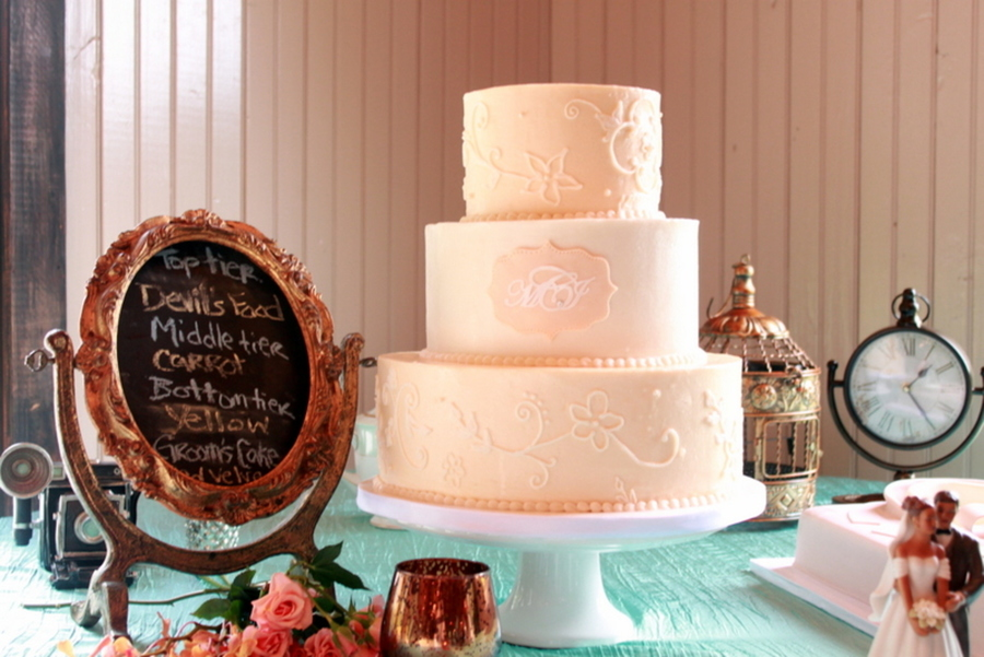 Lace & Monogram  on Cake Central