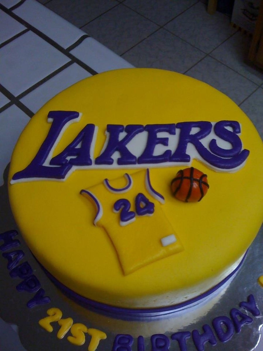 Incredible Lakers 21St Birthday Cake Cakecentral Com Funny Birthday Cards Online Barepcheapnameinfo