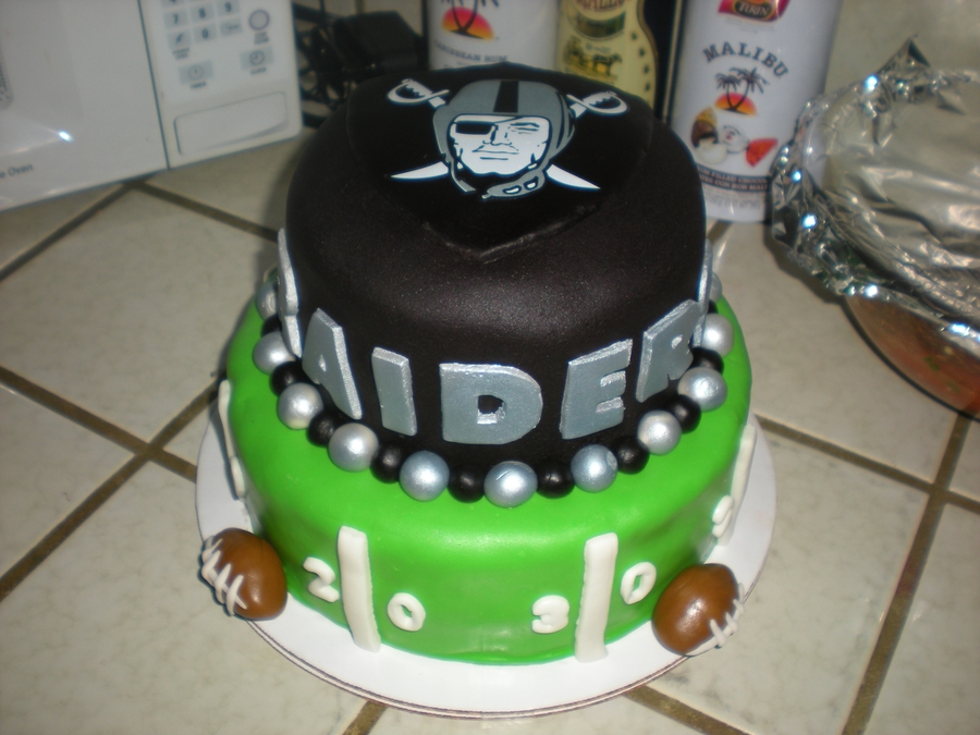 Pleasant Oakland Raiders Cakecentral Com Funny Birthday Cards Online Inifofree Goldxyz
