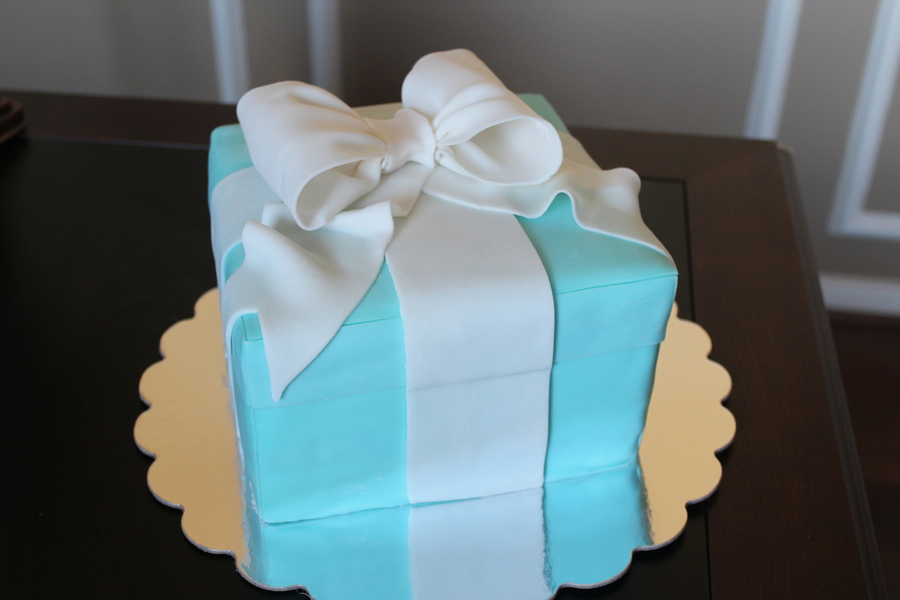 Tiffany Box Engagement Cake on Cake Central