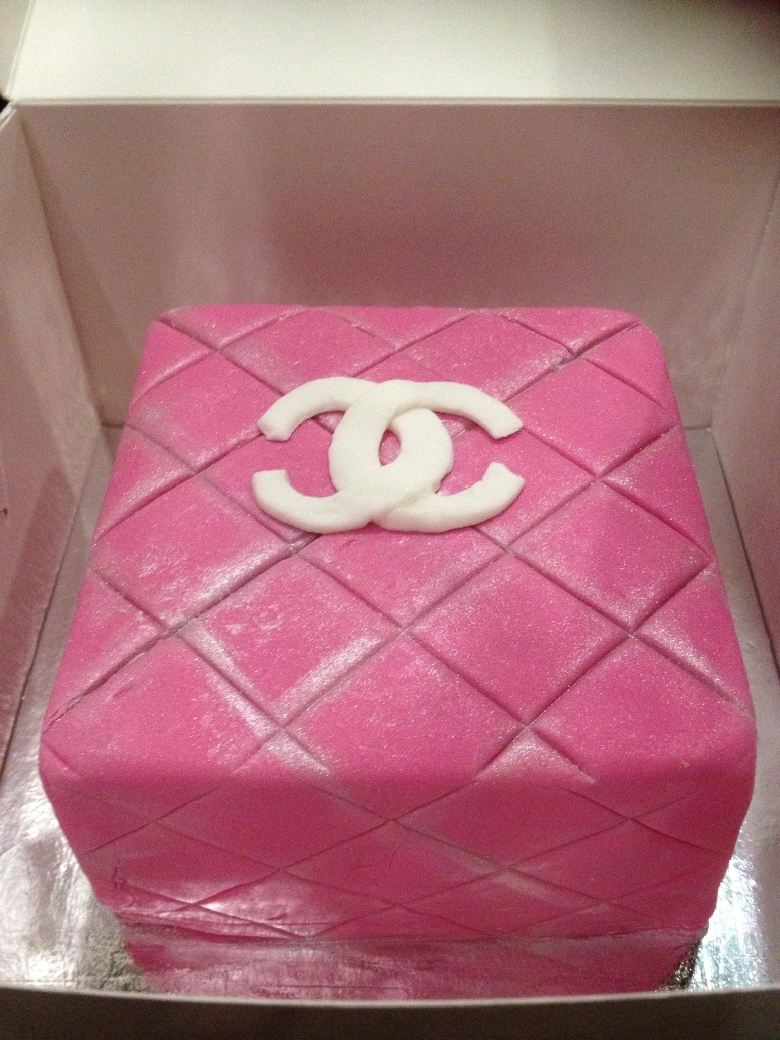 Гламурные торты для девушек фото
