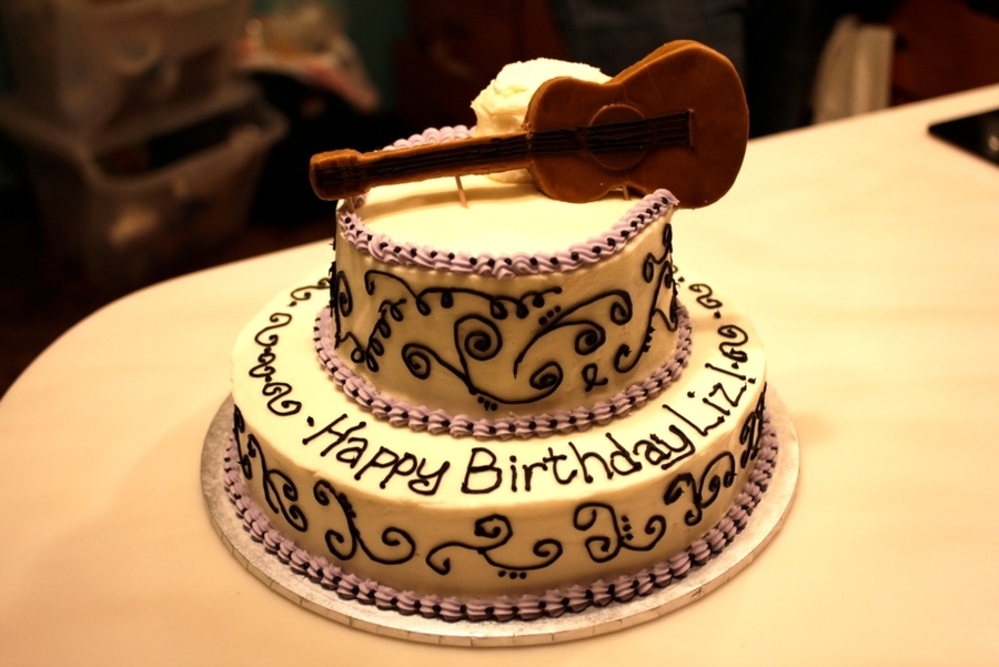 Guitar Birthday Cake - CakeCentral.com