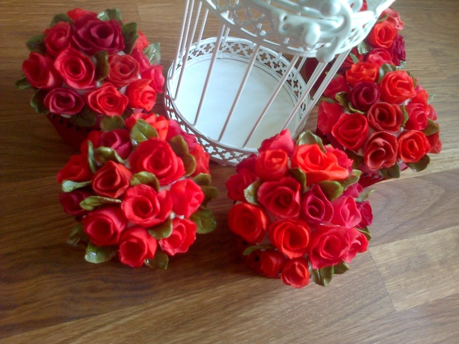 Romantic Red Roses on Cake Central