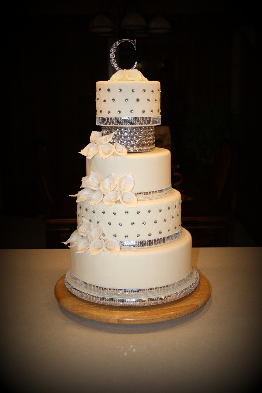 rhinestone wedding cakes bling wedding cake cakecentral 19208