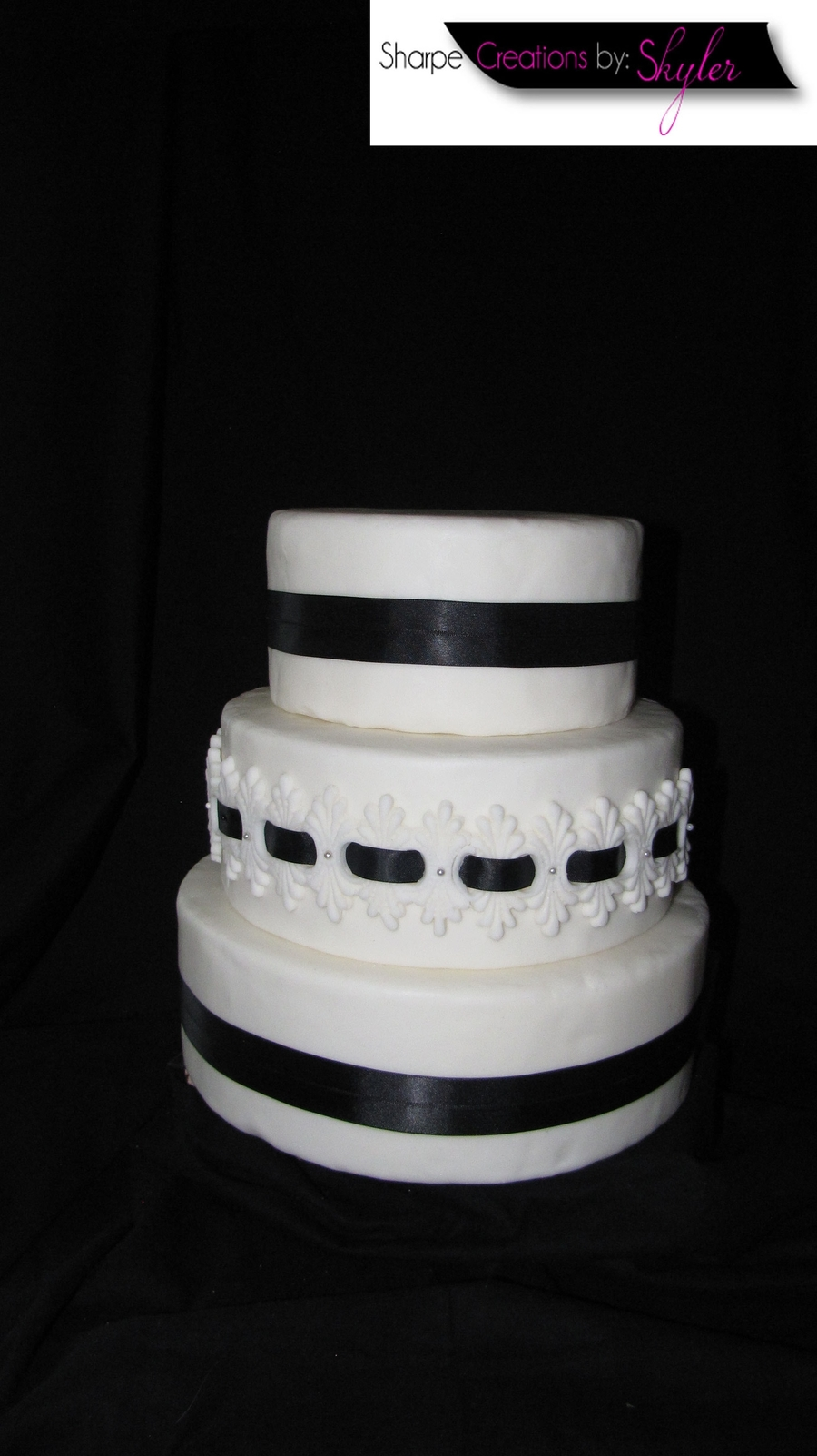 Black & White Wedding (Dummy) on Cake Central