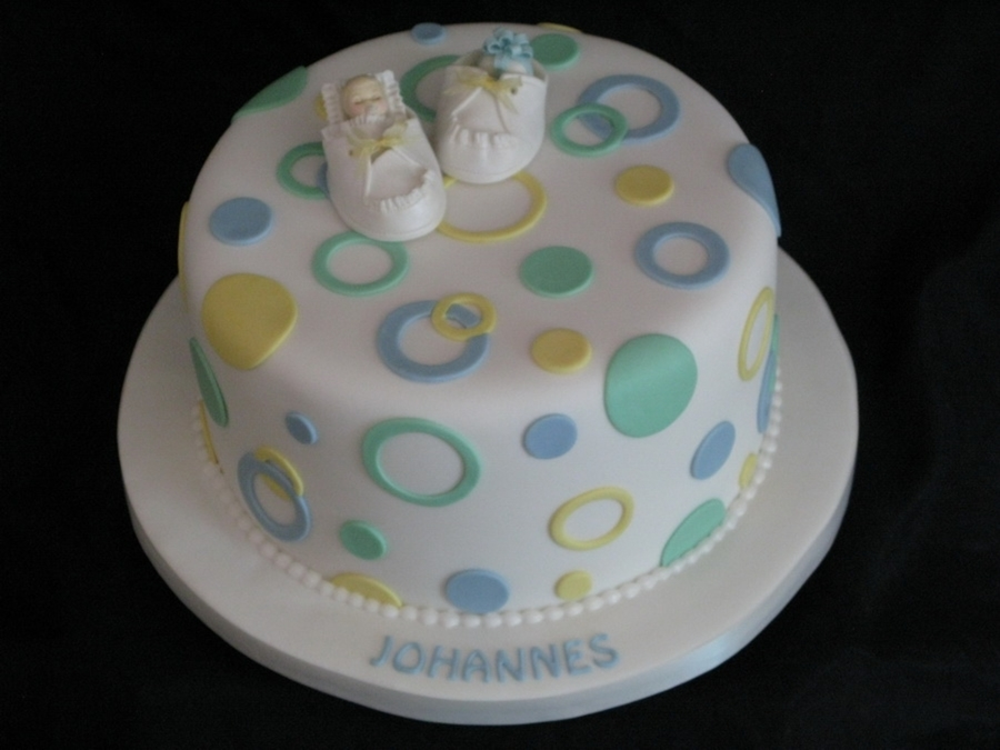 Polkadots And Baby Shoe on Cake Central