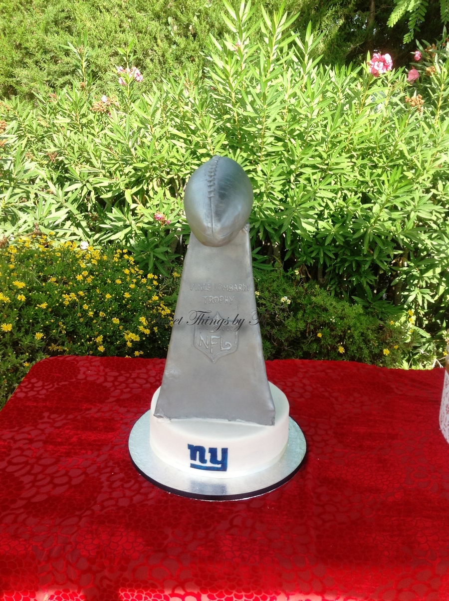 Superbowl Trophy on Cake Central