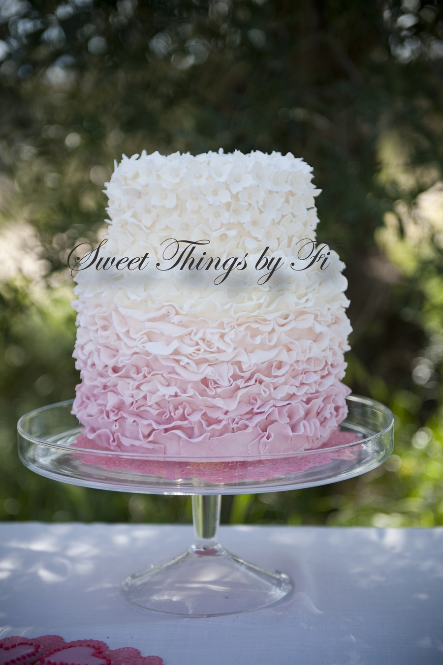 Ombre Ruffles on Cake Central