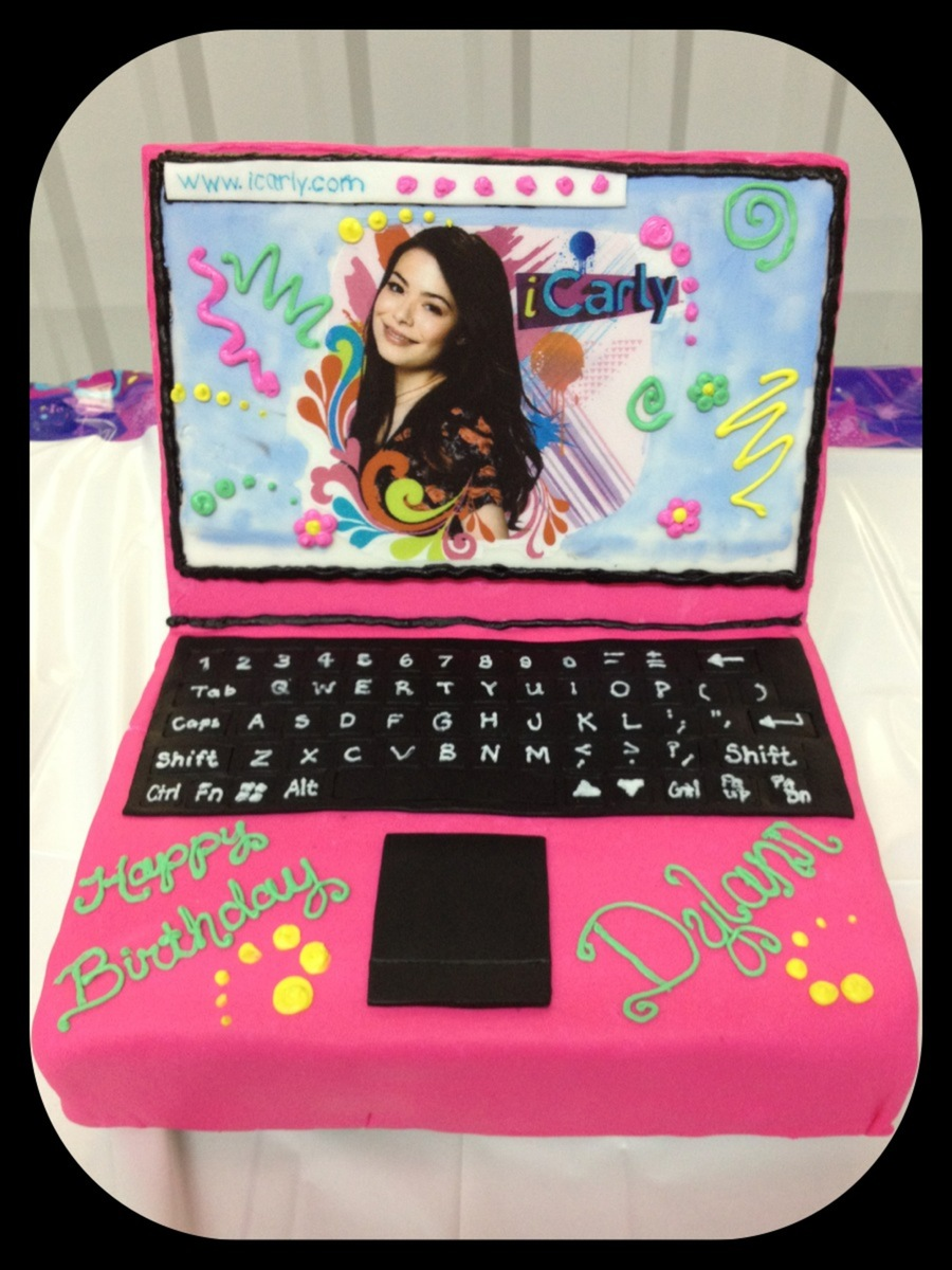 Icarly Laptop Cake on Cake Central