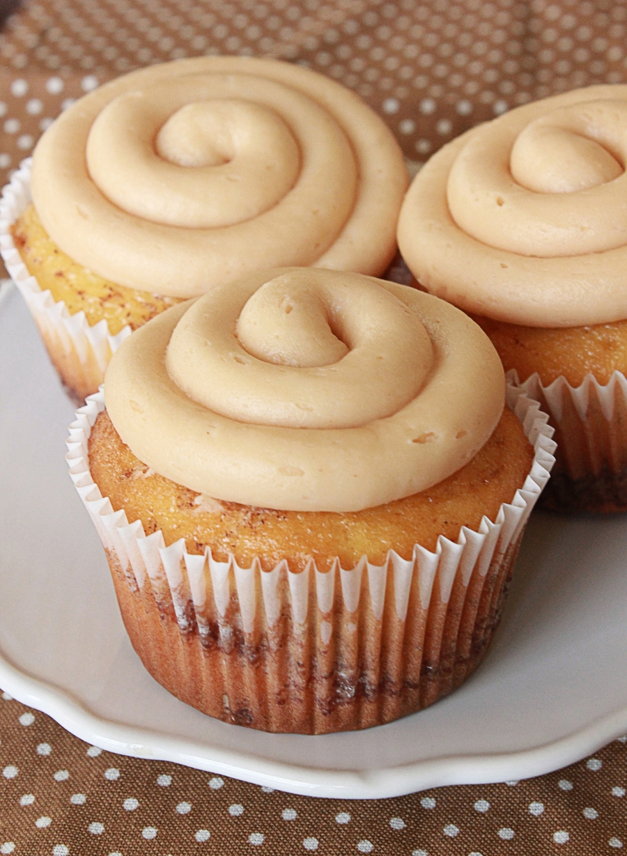Cinnamon Roll Cupcakes on Cake Central