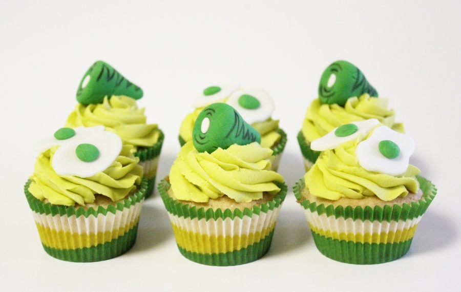 Green Eggs And Ham Cupcakes on Cake Central