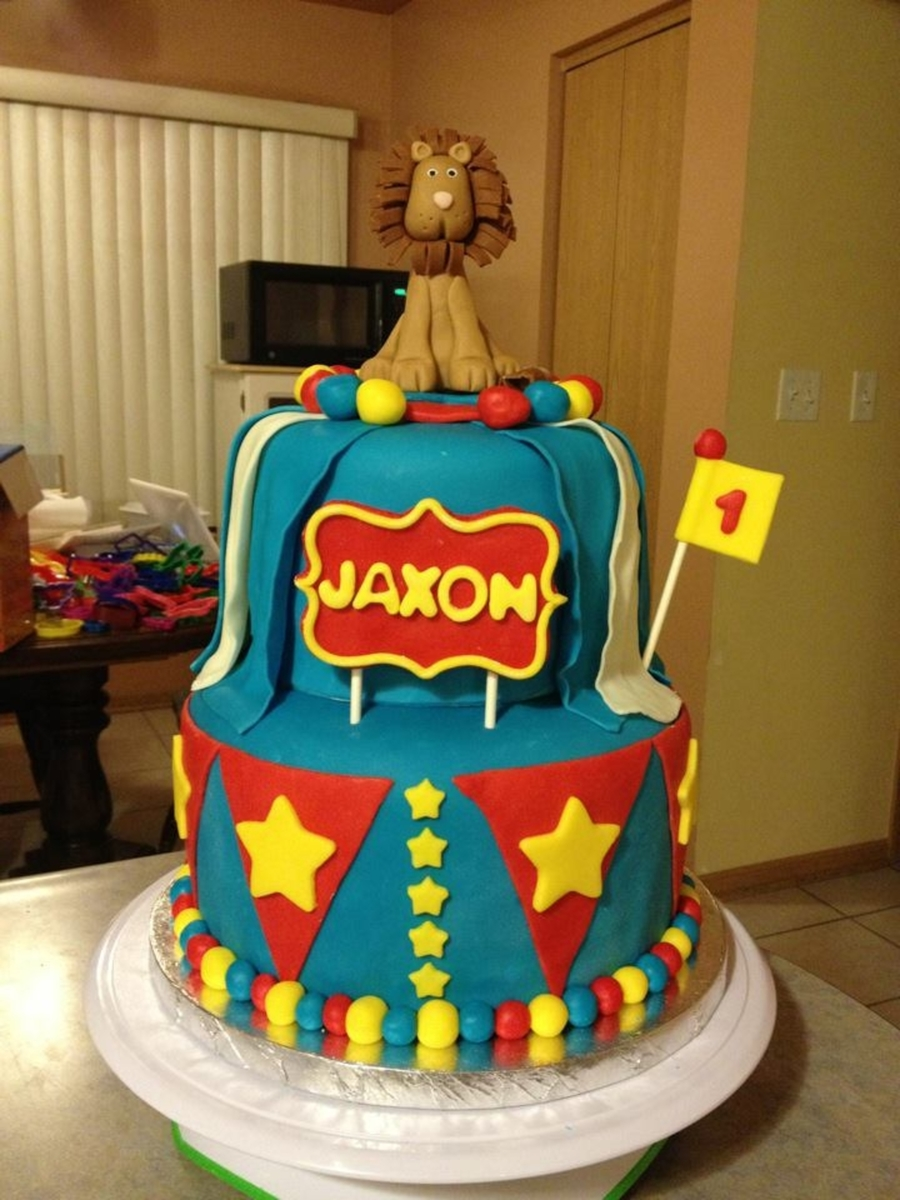 Circus Themed Birthday Cake CakeCentralcom